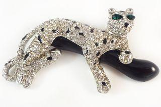 Jewelry_rhinestone_kjl_panther_01
