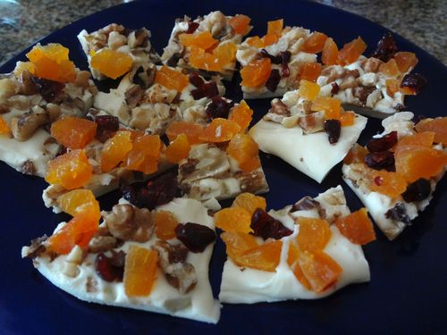 White_chocolate_bark_apricot_walnuts_cranberries